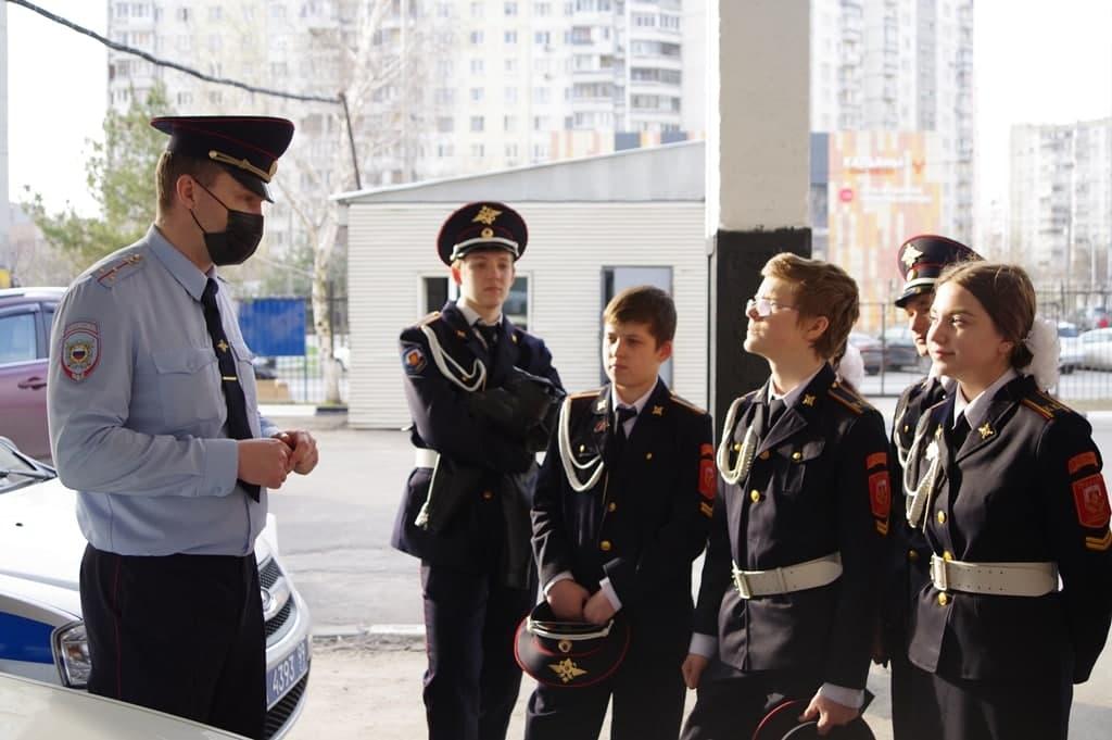 Сотрудники Жулебинского отдела полиции рассказали курсантам о профессии дознавателя